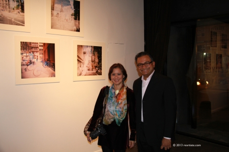 Rebecca Pearson and Rajmohan Fotograf at Rebecca's wall before the show.