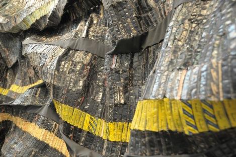 """El Anatsui, a closeup of """"Adinkra Sasa"""", 2003. Found aluminium and copper wire."""